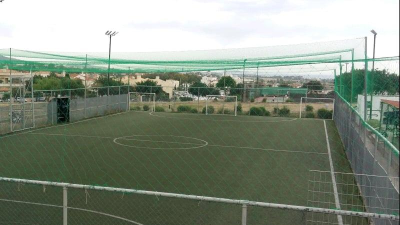 Τοποθετήθηκε ειδικό δίκτυ προστασίας στο γήπεδο 5x5 στον Λόφο Πανί