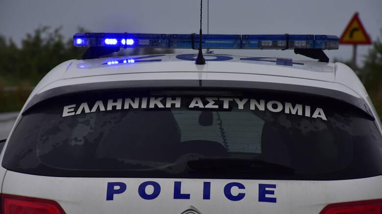 Άνδρας συνελήφθη για διαρρήξεις και κλοπές σε καταστήματα του Αλίμου, της Αργυρούπολης και της Ηλιούπολης