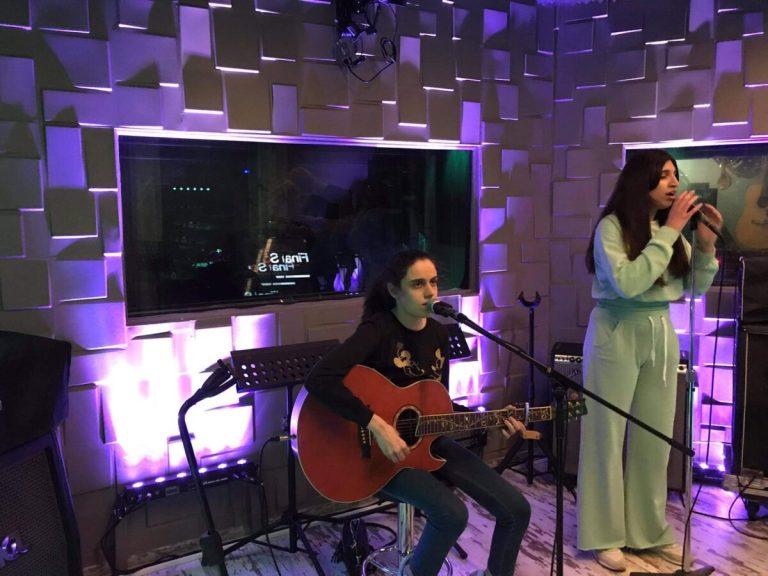Euro Low-Vision 2021: Τρεις φίλες απο το Μουσικό Σχολείο Αλίμου ξεχώρισαν