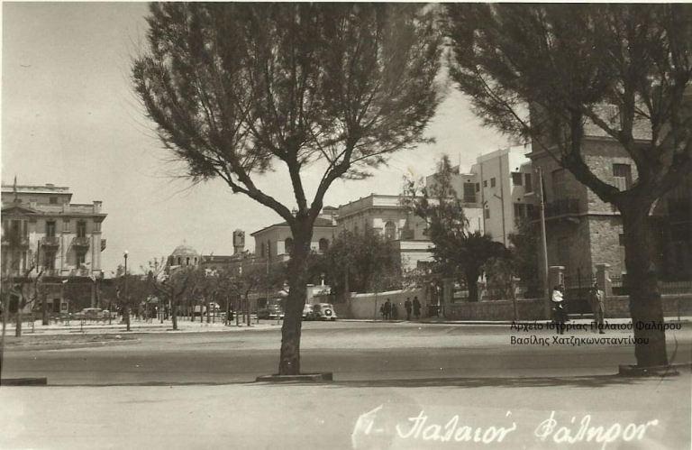 Η συμβολή της οδού Aγίου Αλεξάνδρου και της Λ. Ποσειδώνος τη δεκαετία του ΄50