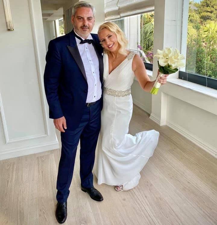 Παντρεύτηκε η Αλιμιώτισσα και γνωστή δημοσιογράφος Κατερίνα Παπακωστοπούλου