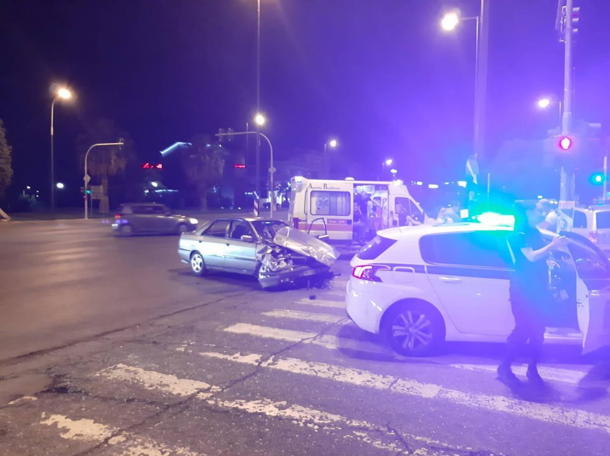 Τροχαίο ατύχημα στη λεωφόρο Βουλιαγμένης