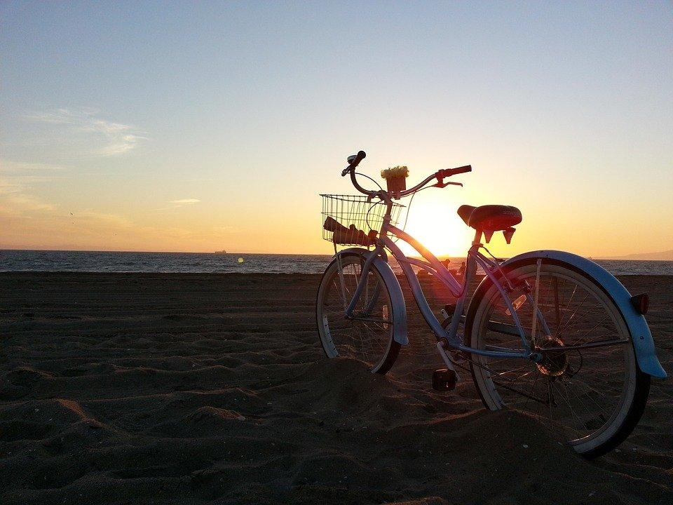 Ανδρέας Κονδύλης: «Στηρίζουμε το έργο της δημιουργίας ποδηλατοδρόμου στα Νότια Προάστια»