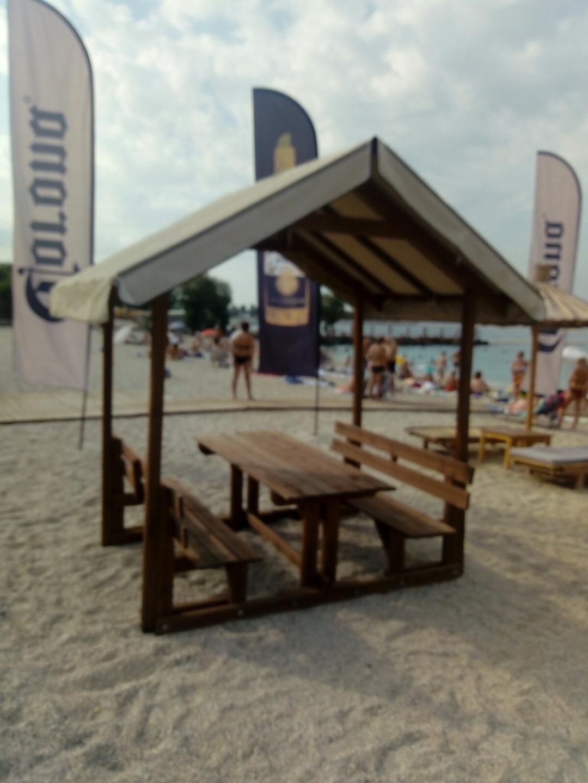 Στην παραλία Αλίμου το πρώτο υπαίθριο στέγαστρο καπνιστών