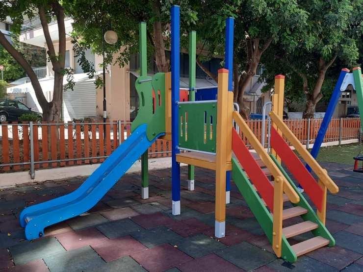 Αναβαθμίστηκε η παιδική χαρά της οδού Σκοπέλου