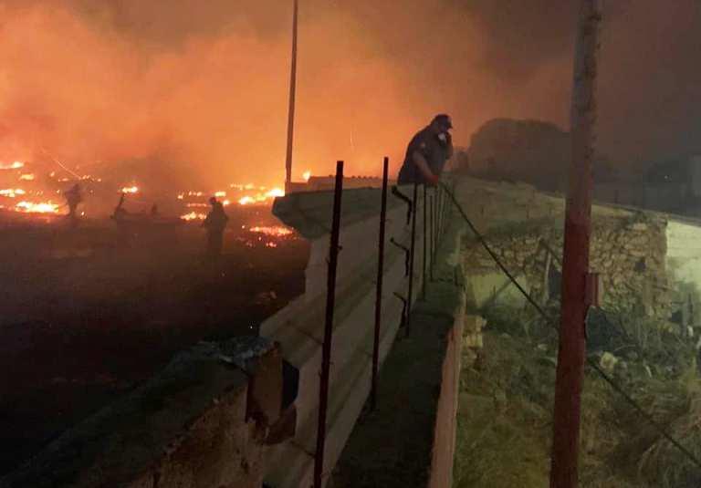 Βούλα: Μέσα σε μία ημέρα ξέσπασαν τρεις φωτιές