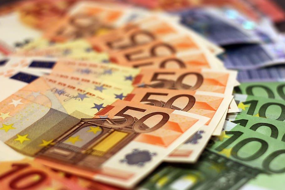 Γλυφάδα: Έσκασε κανόνι πυραμίδας επενδυτών 150 εκατομμυρίων ευρώ
