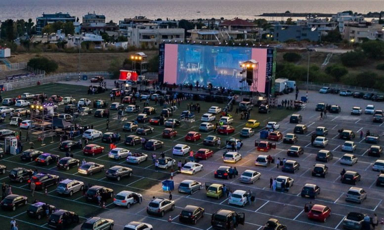 Με τον Τόνι Σφήνο ξεκινά το Φεστιβάλ Γλυφάδας – Αναλυτικά οι συναυλίες
