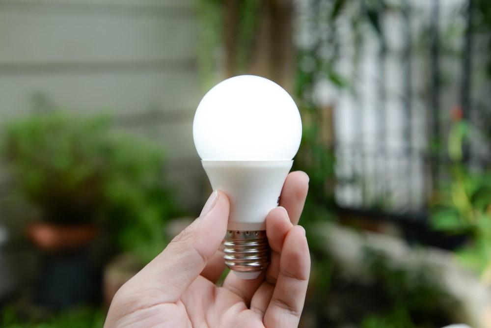 Εξερευνώντας τα πλεονεκτήματα που προσφέρουν οι λάμπες LED