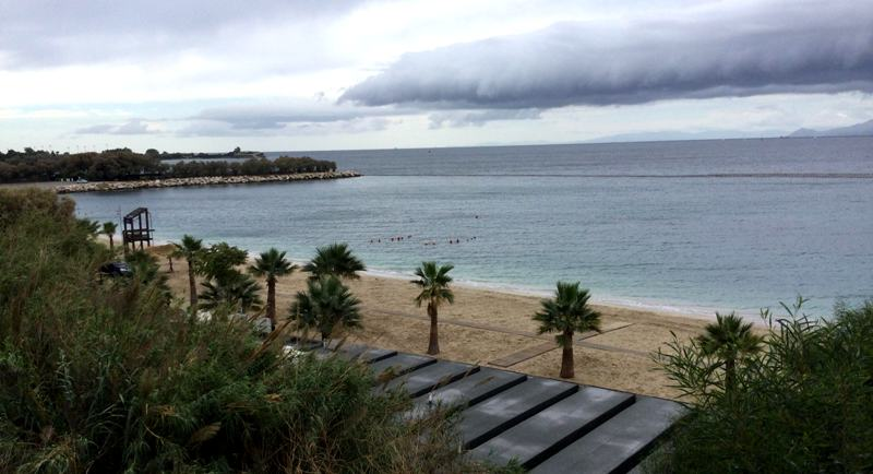 Έκλεισε για φέτος η Ακτή του Ήλιου: Μαζεύτηκαν ομπρέλες και ξαπλώστρες