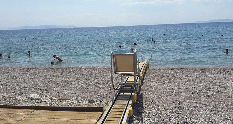 Πρώτα πανελλαδικά τα δύο Seatrac στην παραλία Γλυφάδας